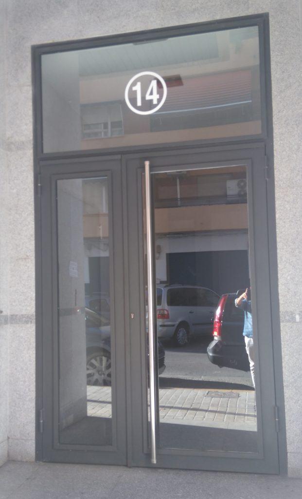 portal acristalado